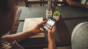 How to make a highlight reel on Instagram