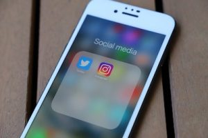 How to save Instagram videos to Camera Roll